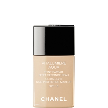 Best Foundations for Summer feat. Chanel, Laura Mercier, Dior, Bobbi Brown & Tarte