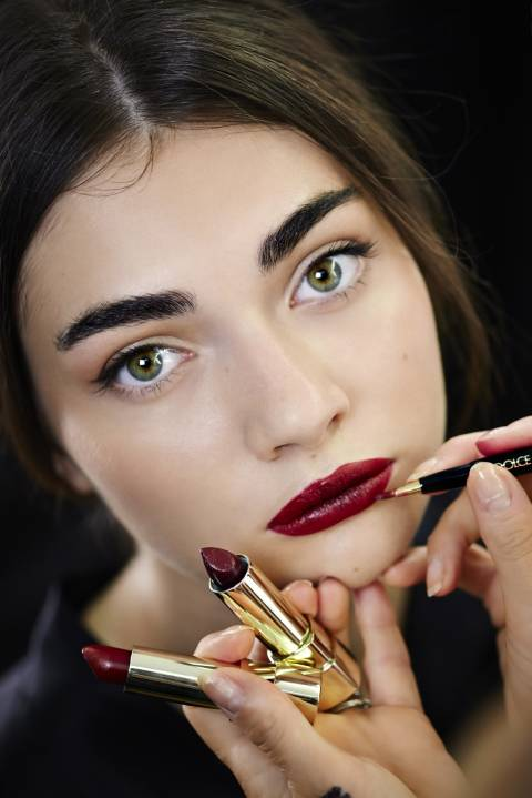 dolcegabbana-make-up_ss15-backstage-look-3_resized