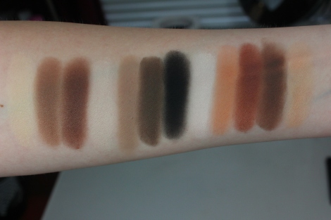 kat-von-d-shade-light-eye-palette-swatches-artificial-lighting